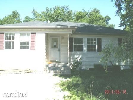Photo of 864 S Homewood Ave, Springfield, MO 65802