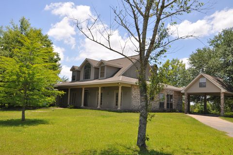 Photo of 387 Dumas Bailey Rd, Picayune, MS 39466