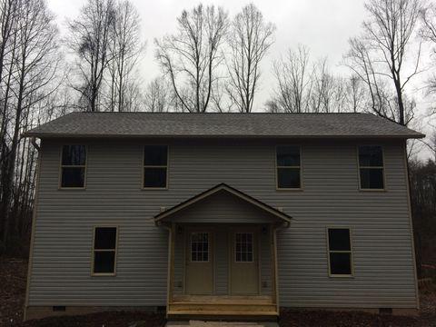 Photo of 16 Charlotte Ann Ln, Candler, NC 28715