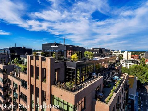 Photo of 333 Nw 9th Ave Unit 1502, Portland, OR 97209