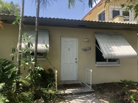 Photo of 749 Ne 16th Ave Apt 2, Fort Lauderdale, FL 33304