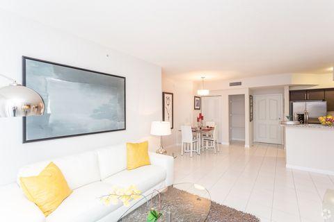 987 Sw 37th Ave, Miami, FL 33135