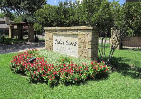 Photo of 5628 Cedar Creek Dr, Benbrook, TX 76109