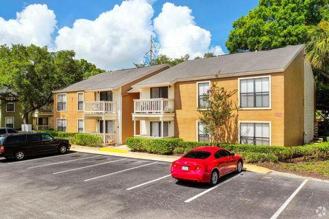 Photo of 3105 Bay Oaks Ct, Tampa, FL 33629