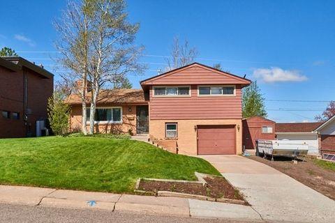 649 Vista Ln, Cheyenne, WY 82009