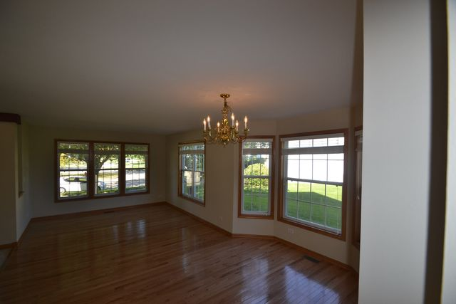 Homes For Rent Near West Dundee Il
