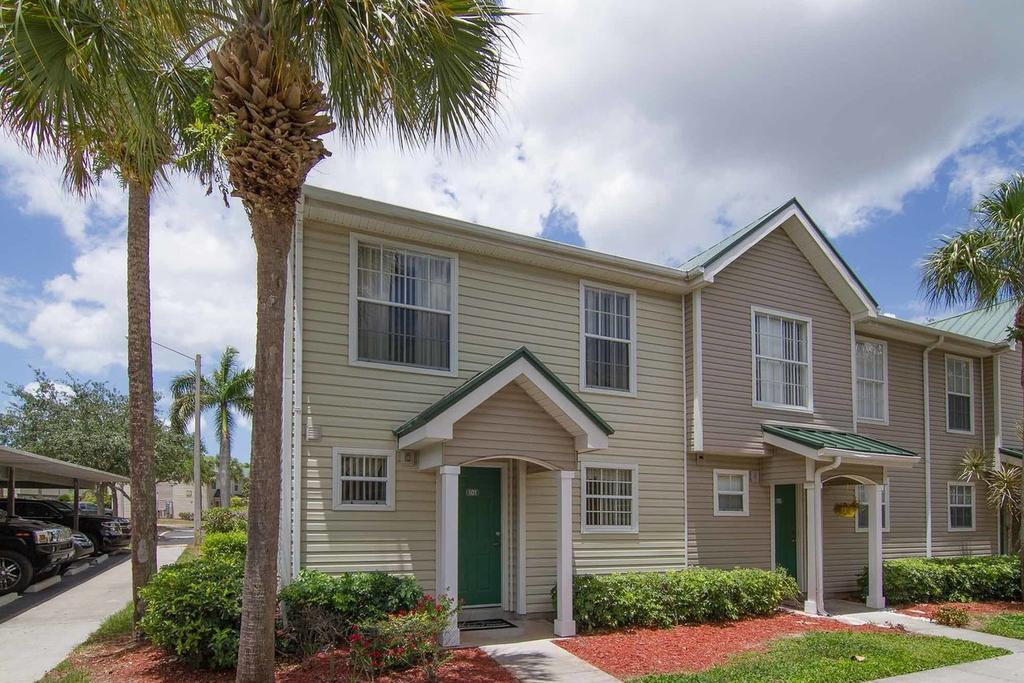 3436 Winifred Row Ln Naples FL 34116