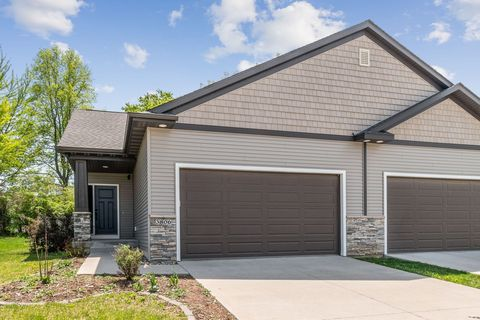 Photo of 3806 Marigold Dr, Ames, IA 50014