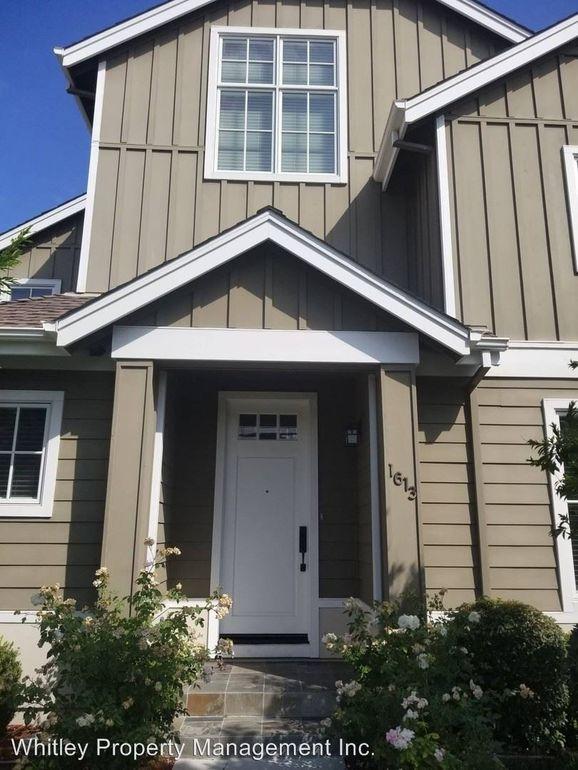 1613 Kentfield Ave, Redwood City, CA 94061