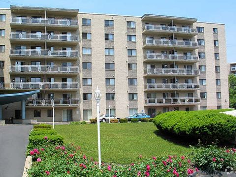Photo of 1000 Plaza Dr, State College, PA 16801