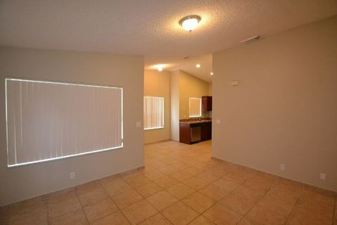 Photo of 20842 Nw 14th Ct, Pembroke Pines, FL 33029