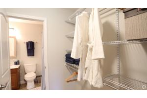 Apartments For Rent At 5146 N High St, Columbus, OH, 43214   Worthington  Gardens | Move.com Rental Apartments