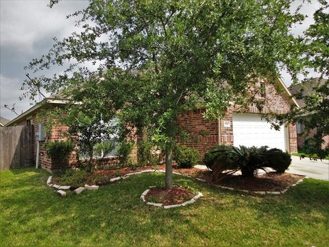 Photo of 2918 Meridian Bay Ln, Dickinson, TX 77539