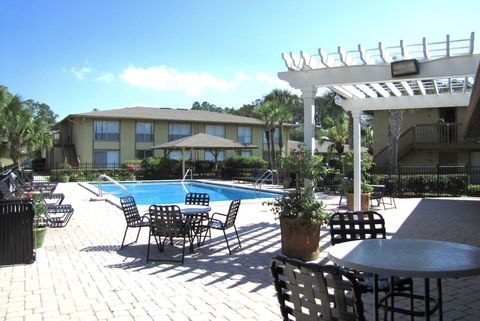 Photo of 141 Old Orange Park Rd, Orange Park, FL 32073