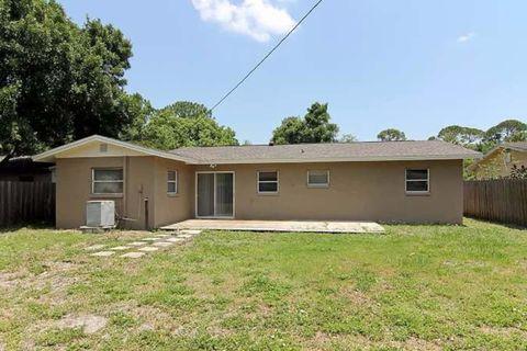 Photo of 7060 52nd Way N, Pinellas Park, FL 33781
