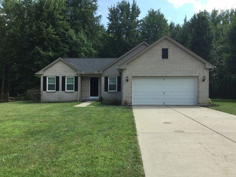Photo of 2021 Cristata Ct, Amelia, OH 45102
