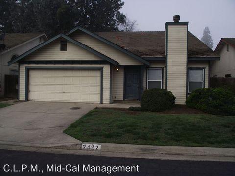 2422 W Packwood Dr, Visalia, CA 93277