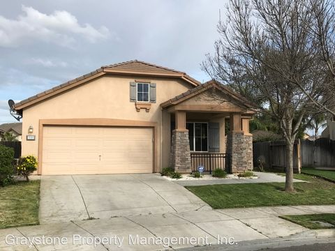 Photo of 1640 Wildrye Ave, Los Banos, CA 93635