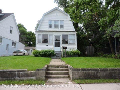 28 Whitfield St, Pontiac, MI 48342