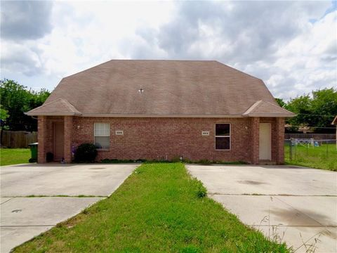 Photo of 404 Kings Way Dr Apt A, Mansfield, TX 76063