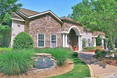 Photo of 3725 George Busbee Pkwy Nw, Kennesaw, GA 30144