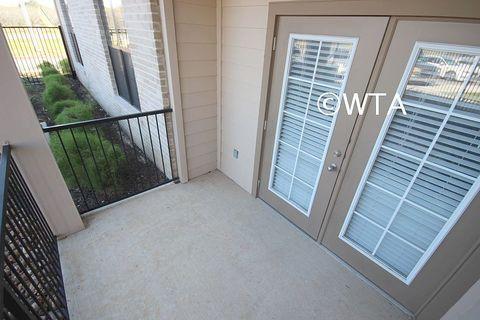 Photo of 20005 Liedecke Rd, San Antonio, TX 78264