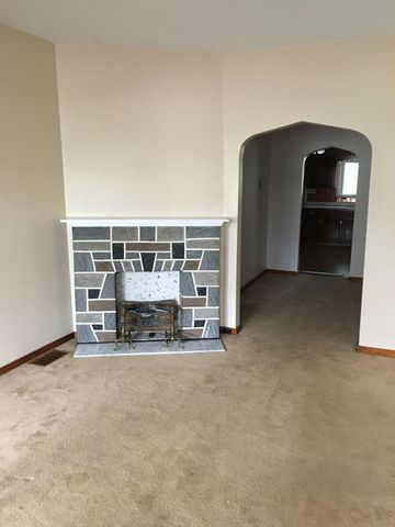 Photo of 331 S Broadway St # 331, Scottdale, PA 15683