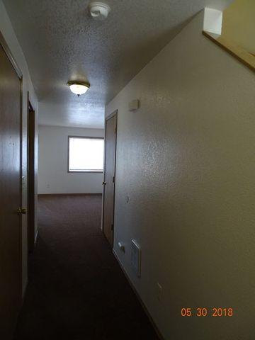Photo of 123 Green Ln, Eugene, OR 97404