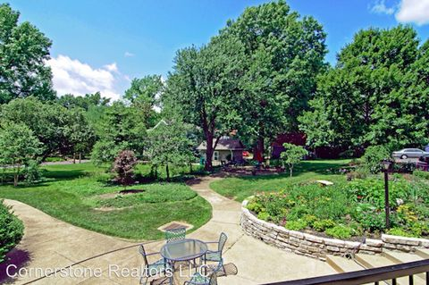Photo of 55 S Gore Ave, Webster Groves, MO 63119