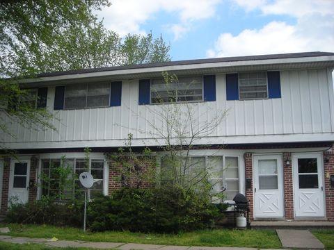 Photo of 620 E Grant St, Herrin, IL 62948