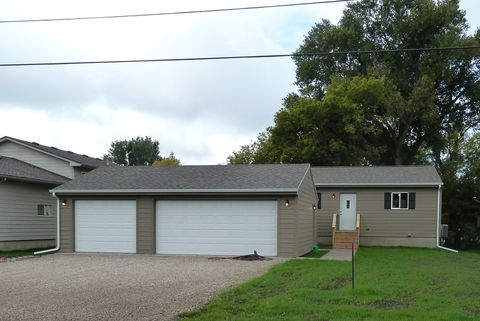 Photo of 1019 N Haley Ave, Sioux Falls, SD 57104