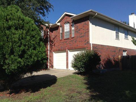 Photo of 16118 April Ridge Dr, Houston, TX 77083