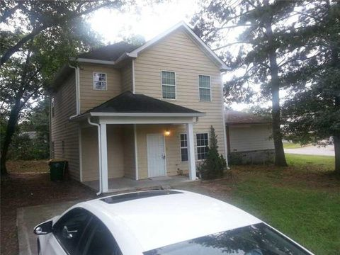 Photo of 357 1st St, Forest Park, GA 30297