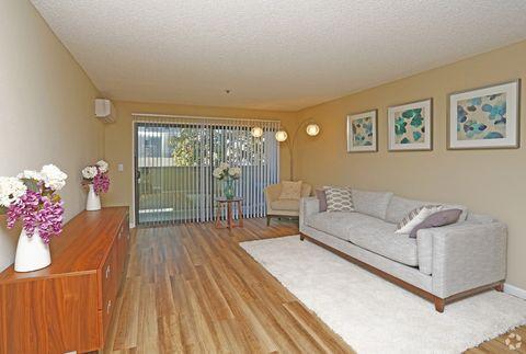 2270 Homestead Ct, Los Altos, CA 94024