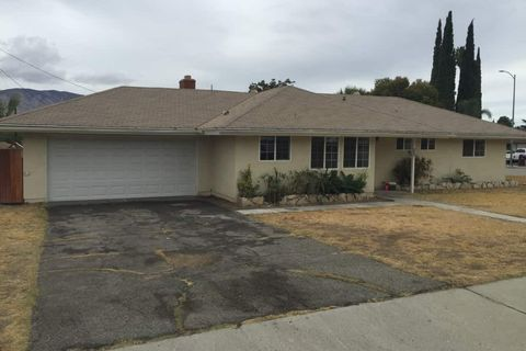 Photo of 526 W Hoffer St, Banning, CA 92220
