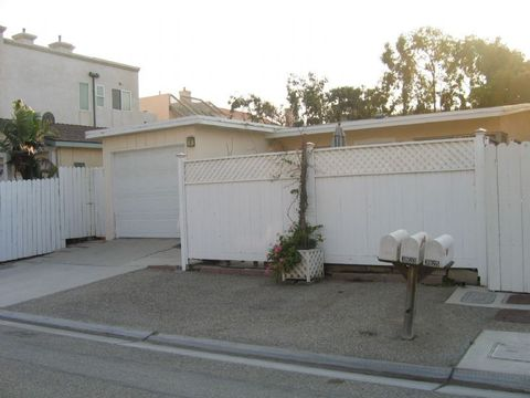 3821 Sunset Ln, Oxnard, CA 93035