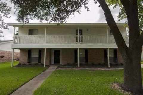 Photo of 186 Highland Ter, League City, TX 77573