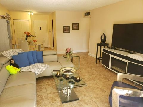 Photo of 9108 Sw 137 Ter E, Miami, FL 33176