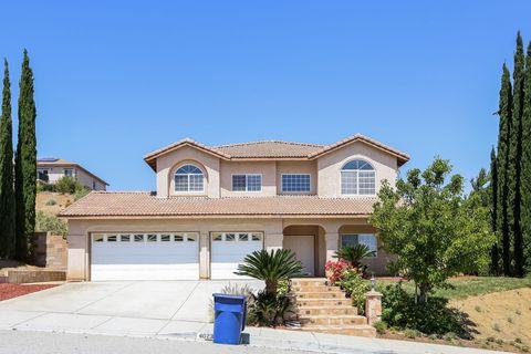 Photo of 40233 Carlton St, Palmdale, CA 93551