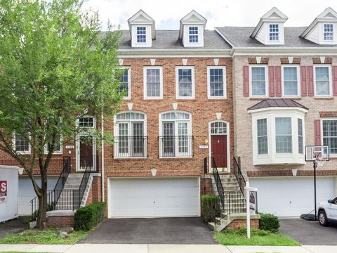 Photo of 4597 Barringer Pl, Fairfax, VA 22030