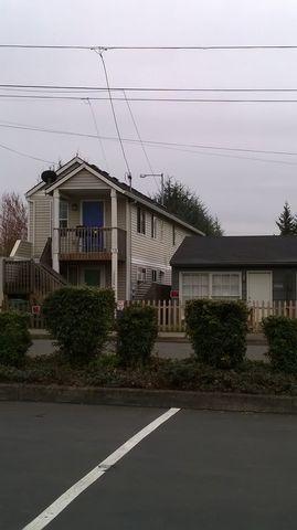 Photo of 12328 Se Ash St Unit A, Portland, OR 97233