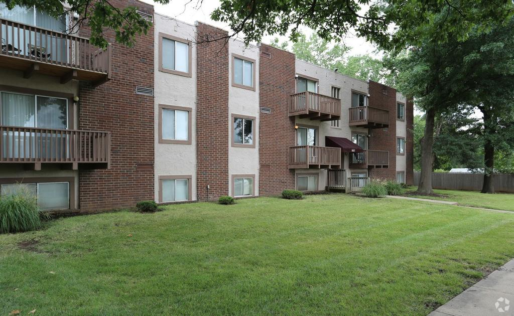HolmesWood Apartments