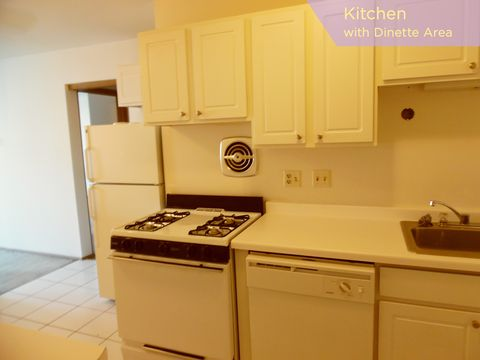 Photo of 3069 N Oakland Ave Apt 109, Milwaukee, WI 53211