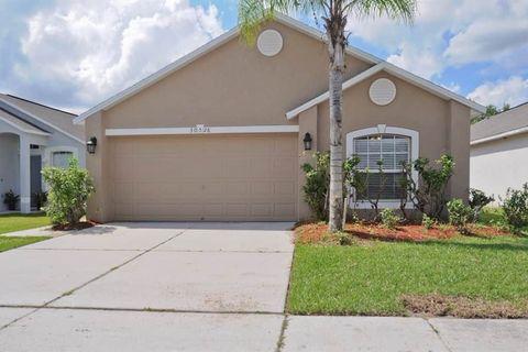 Photo of 30528 Birdhouse Dr, Wesley Chapel, FL 33545