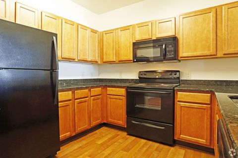 Photo of 1220 N King St, Hampton, VA 23669