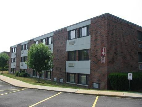 Photo of 236 Wayne St, Lower Burrell, PA 15068