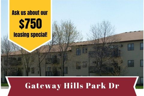 Photo of 1300 Gateway Hills Park Dr, Ames, IA 50014