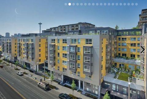 Photo of 905 Dexter Ave N, Seattle, WA 98109
