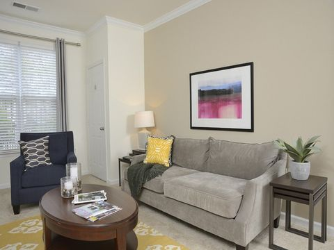 Photo of 10306 Strathmore Hall St, North Bethesda, MD 20852