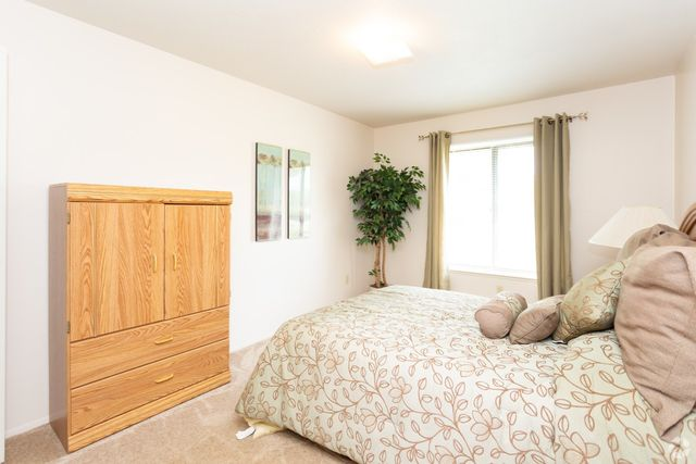 Bedroom Sets Grand Rapids Mi condo for rent - 1456 42nd st se, grand rapids, mi 49508 - realtor
